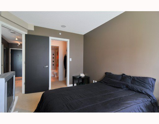 """Photo 6: Photos: 1216 933 HORNBY Street in Vancouver: Downtown VW Condo for sale in """"ELECTRIC AVENUE"""" (Vancouver West)  : MLS®# V724284"""
