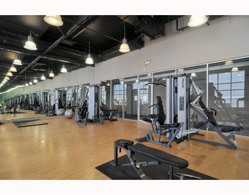"""Photo 9: Photos: 1216 933 HORNBY Street in Vancouver: Downtown VW Condo for sale in """"ELECTRIC AVENUE"""" (Vancouver West)  : MLS®# V724284"""