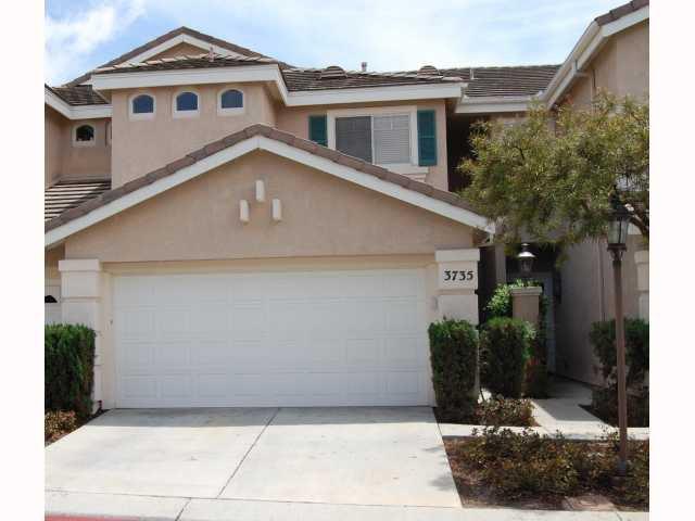 Main Photo: CARMEL VALLEY Condo for sale : 2 bedrooms : 3735 Ruette De Ville in San Diego