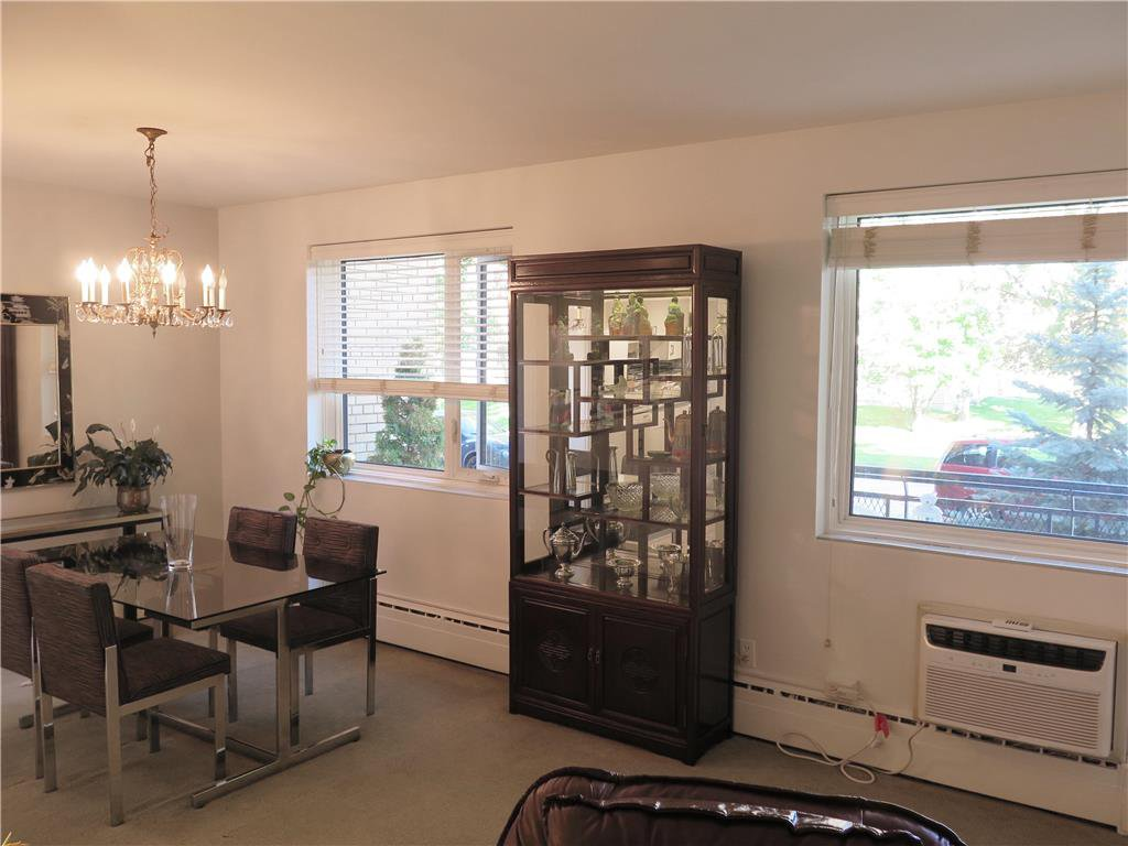 Photo 3: Photos: 5 1700 Taylor Avenue in Winnipeg: River Heights South Condominium for sale (1D)  : MLS®# 1925934