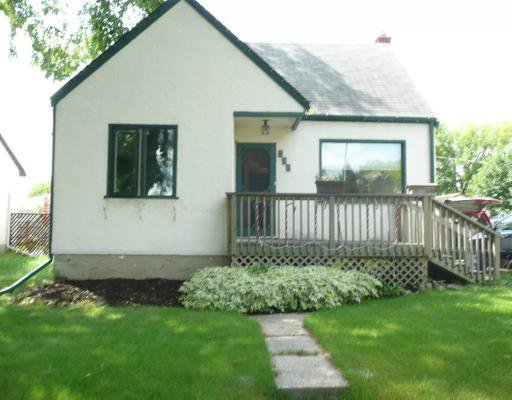 Main Photo: 336 OAKLAND Avenue in WINNIPEG: North Kildonan Residential for sale (North East Winnipeg)  : MLS®# 2915050