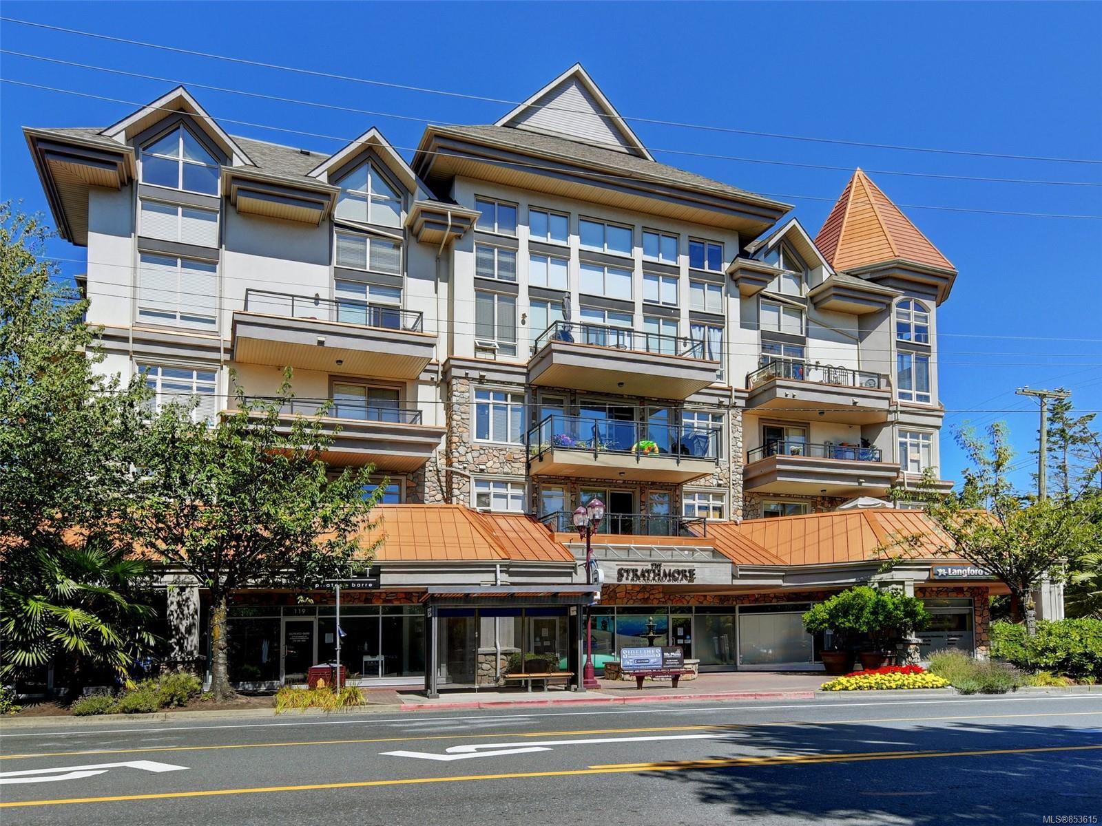 Main Photo: 204 866 Goldstream Ave in : La Langford Proper Condo for sale (Langford)  : MLS®# 853615