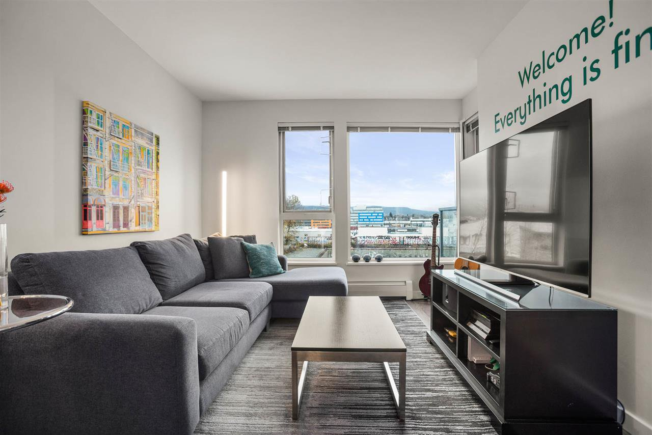 """Main Photo: 408 384 E 1ST Avenue in Vancouver: Strathcona Condo for sale in """"CANVAS"""" (Vancouver East)  : MLS®# R2519419"""