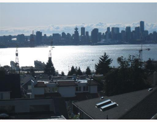 "Main Photo: 4 257 E 6TH Street in North Vancouver: Lower Lonsdale Townhouse for sale in ""LE MIRAGE"" : MLS®# V791587"