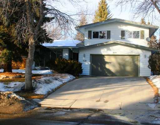 Main Photo: 448 WILLINGDON Boulevard SE in CALGARY: Willow Park Estates Residential Detached Single Family for sale (Calgary)  : MLS®# C3364830