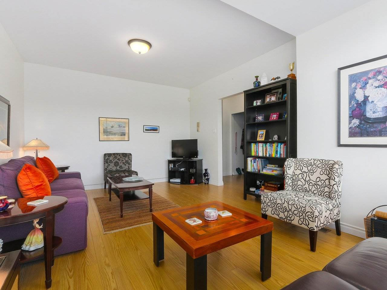 """Photo 3: Photos: 2610 W 10TH Avenue in Vancouver: Kitsilano House for sale in """"Kitsilano"""" (Vancouver West)  : MLS®# R2471992"""