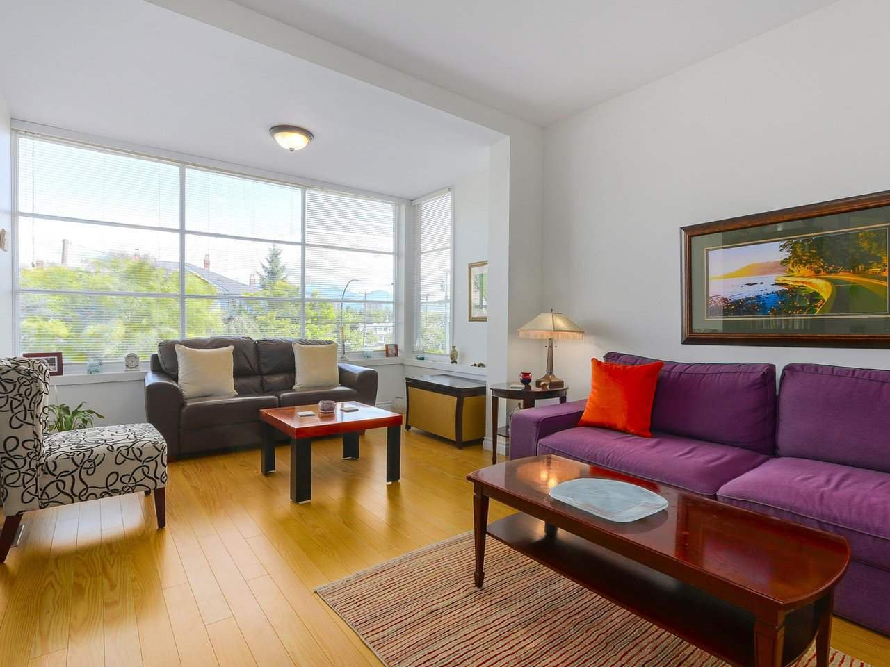 """Photo 2: Photos: 2610 W 10TH Avenue in Vancouver: Kitsilano House for sale in """"Kitsilano"""" (Vancouver West)  : MLS®# R2471992"""