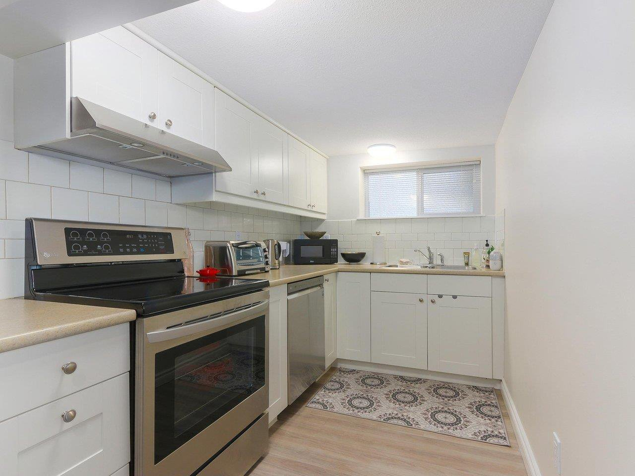"""Photo 17: Photos: 2610 W 10TH Avenue in Vancouver: Kitsilano House for sale in """"Kitsilano"""" (Vancouver West)  : MLS®# R2471992"""