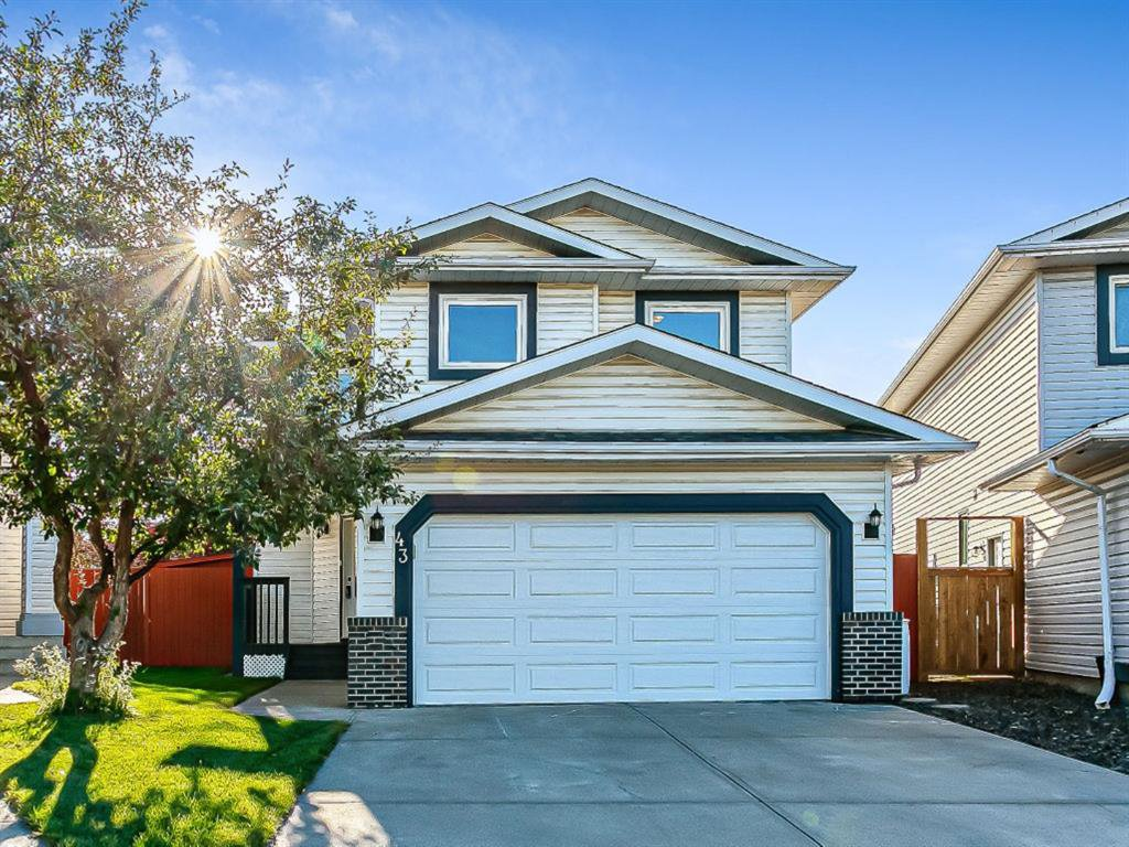 Main Photo: 43 Riverwood Court SE in Calgary: Riverbend Detached for sale : MLS®# A1029978