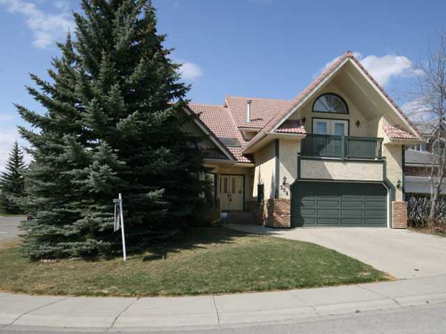 Main Photo: 354 HAWKVIEW MANOR Circle NW in CALGARY: Hawkwood Residential Detached Single Family for sale (Calgary)  : MLS®# C3425653