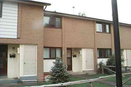 Main Photo: 194 194 Fleetwood Crest in Brampton: Condo for sale (W24: BRAMPTON)  : MLS®# W1615081