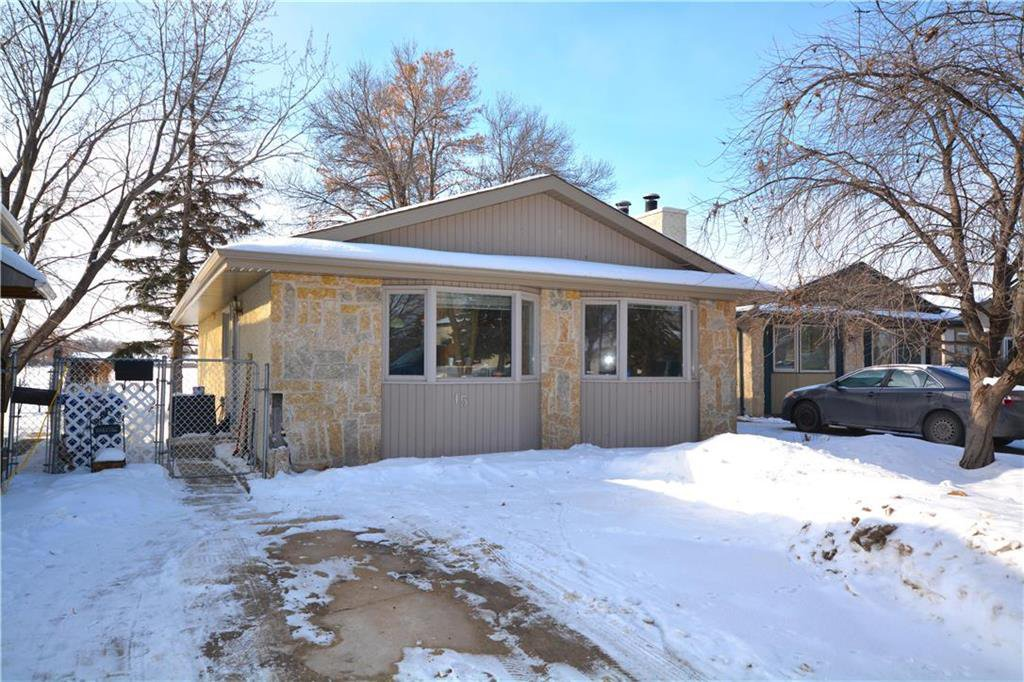 Main Photo: 15 Nolin Avenue in Winnipeg: Richmond Lakes Residential for sale (1Q)  : MLS®# 202003079