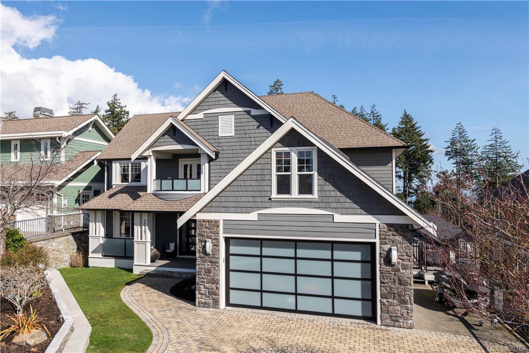 Main Photo: 2215 Woodhampton Rise in Langford: La Bear Mountain Single Family Detached for sale : MLS®# 839263