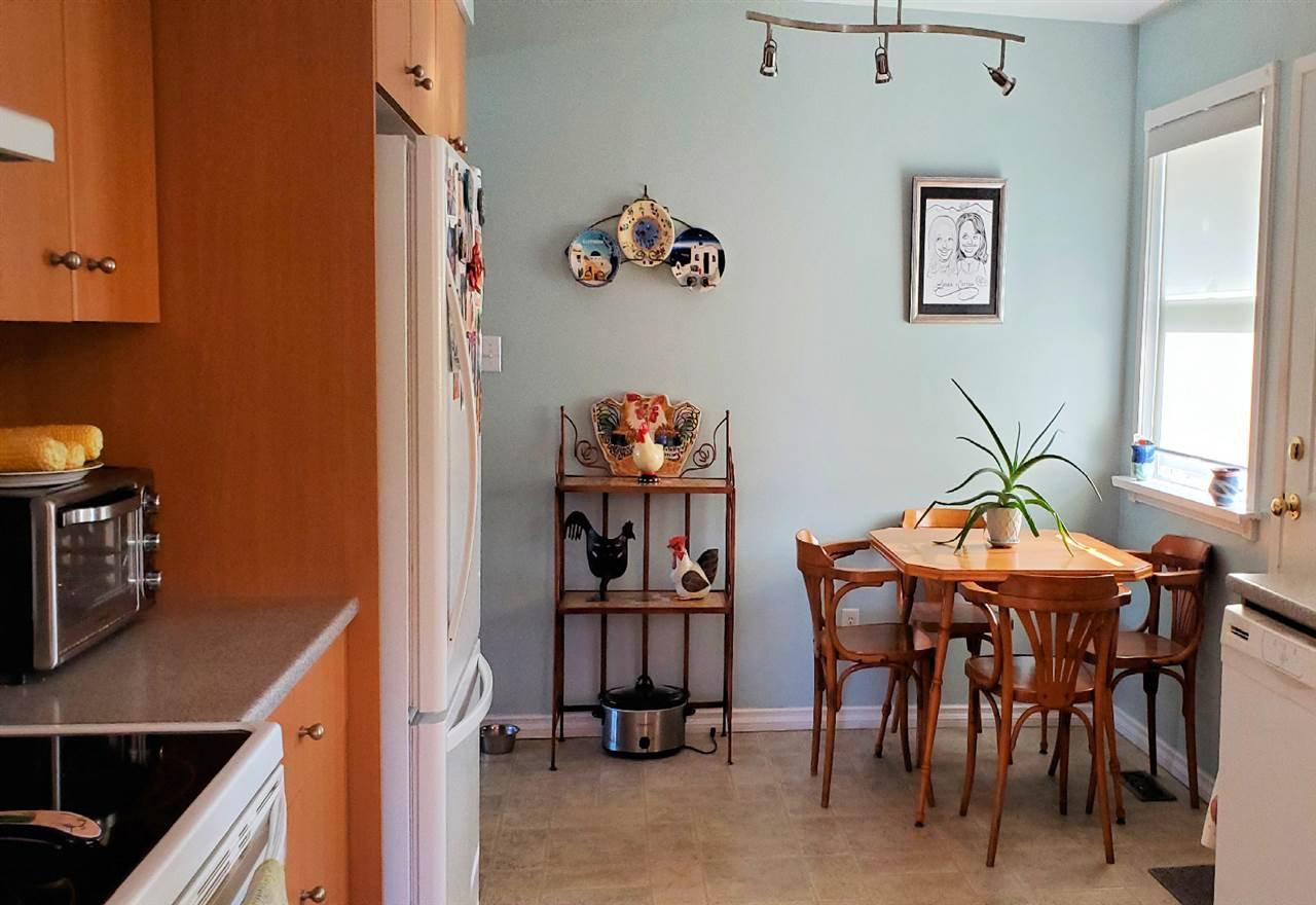 "Photo 12: Photos: 10097 KILLARNEY Drive in Chilliwack: Fairfield Island House for sale in ""FAIRFIELD"" : MLS®# R2495719"