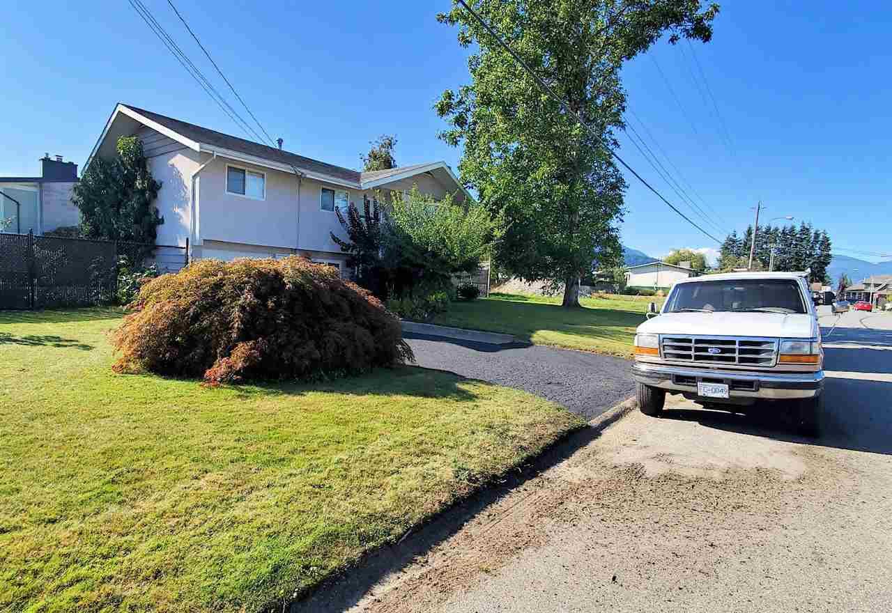 "Photo 32: Photos: 10097 KILLARNEY Drive in Chilliwack: Fairfield Island House for sale in ""FAIRFIELD"" : MLS®# R2495719"