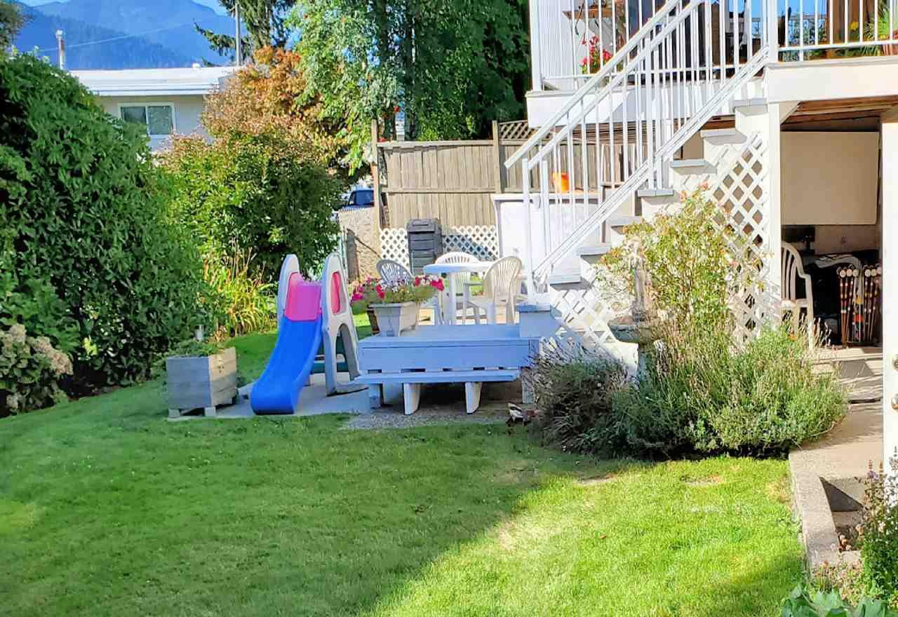 "Photo 24: Photos: 10097 KILLARNEY Drive in Chilliwack: Fairfield Island House for sale in ""FAIRFIELD"" : MLS®# R2495719"