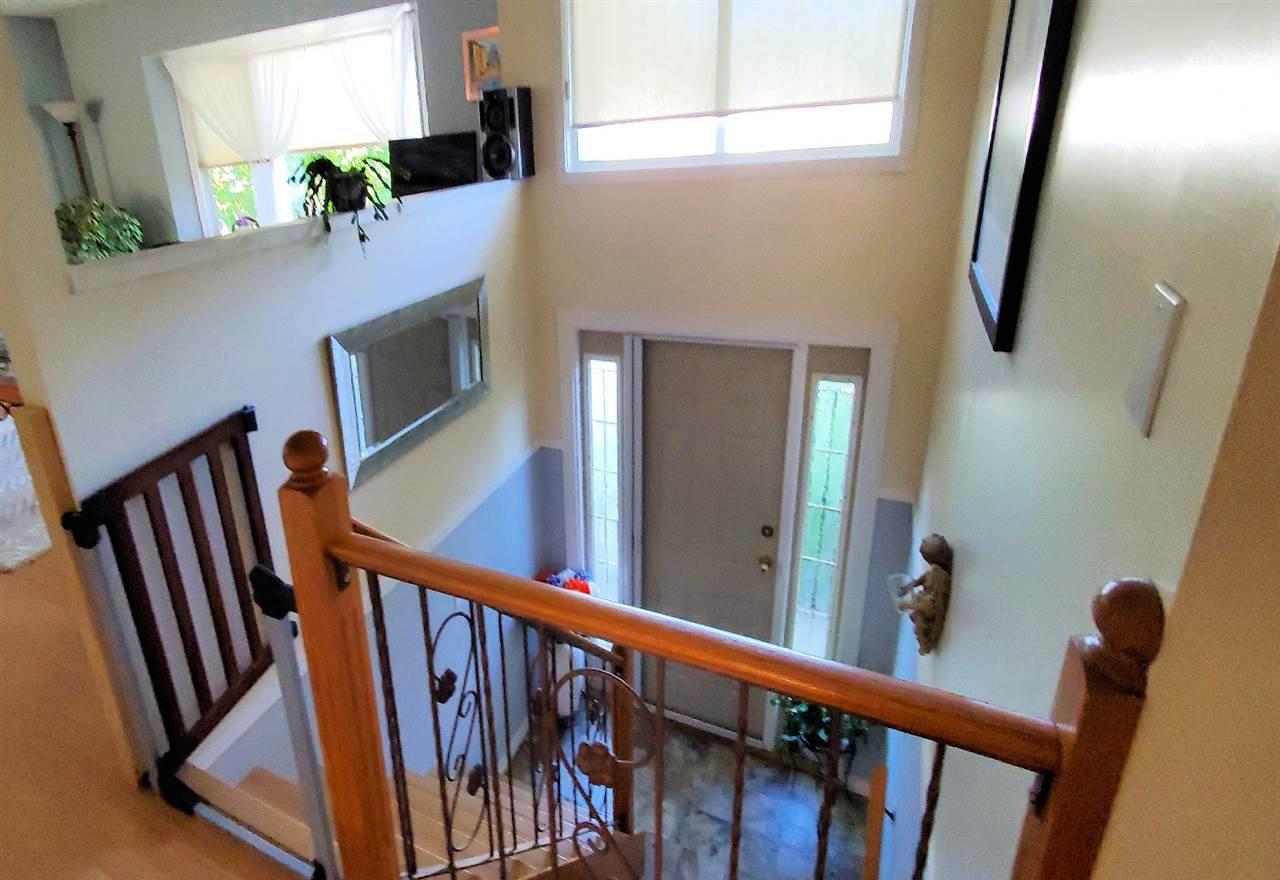 "Photo 15: Photos: 10097 KILLARNEY Drive in Chilliwack: Fairfield Island House for sale in ""FAIRFIELD"" : MLS®# R2495719"