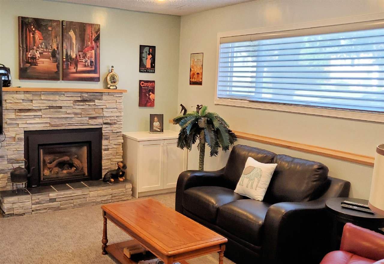 "Photo 9: Photos: 10097 KILLARNEY Drive in Chilliwack: Fairfield Island House for sale in ""FAIRFIELD"" : MLS®# R2495719"