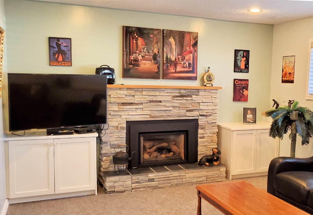 "Photo 10: Photos: 10097 KILLARNEY Drive in Chilliwack: Fairfield Island House for sale in ""FAIRFIELD"" : MLS®# R2495719"