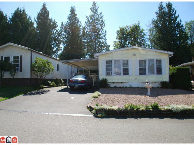 "Photo 1: Photos: 32 2315 198TH Street in Langley: Brookswood Langley Manufactured Home  in ""DEER CREEK ESTATES"" : MLS®# F1023869"