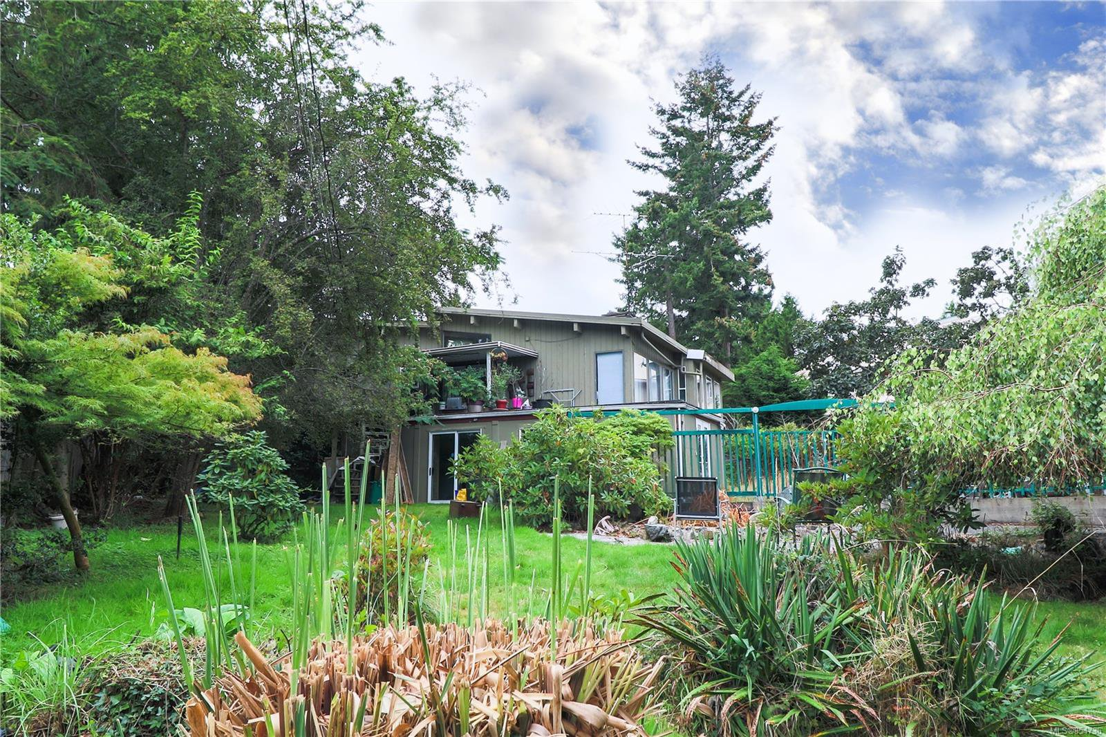 Main Photo: 1397 REEF Rd in : PQ Nanoose House for sale (Parksville/Qualicum)  : MLS®# 854736