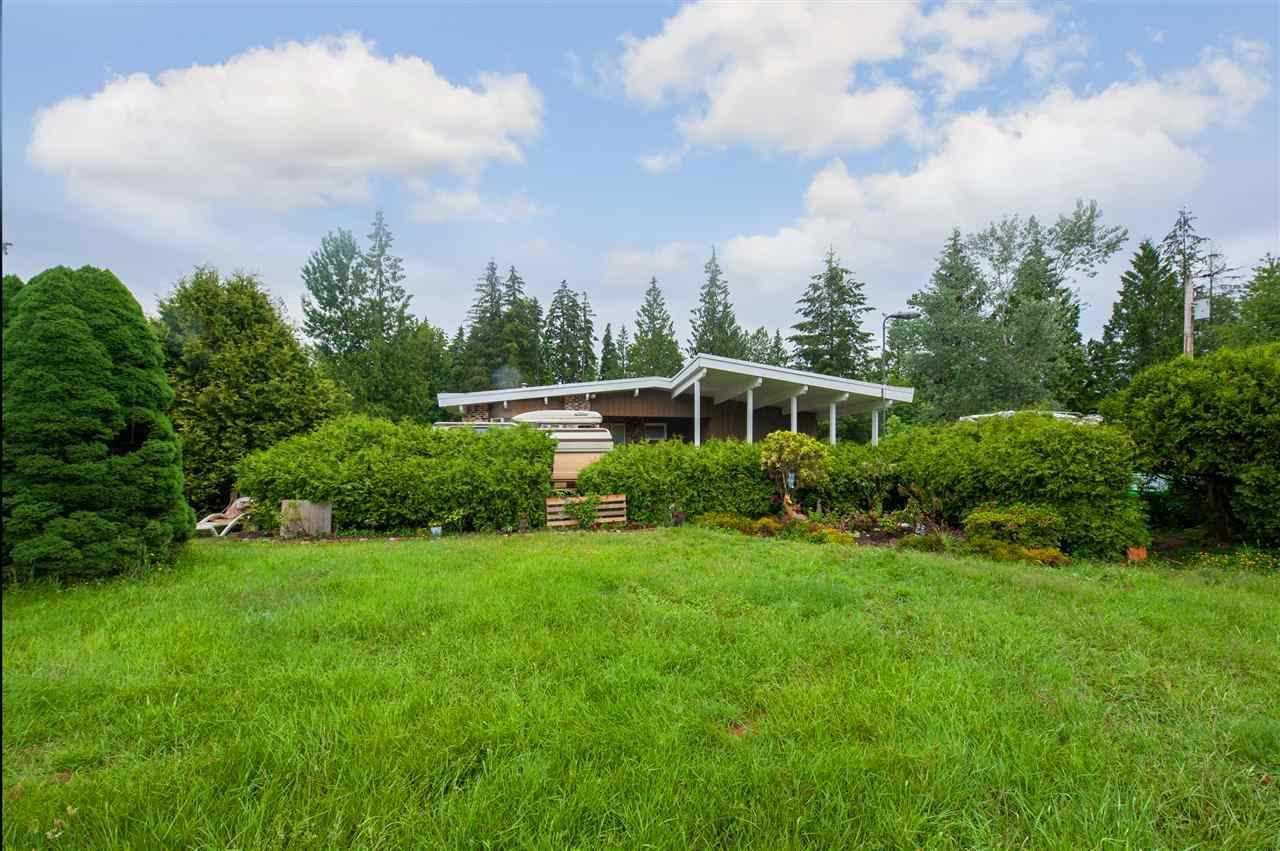Main Photo: 12753 256 Street in Maple Ridge: Websters Corners House for sale : MLS®# R2520004