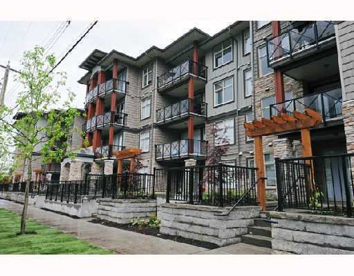 "Main Photo: 217 2336 WHYTE Avenue in Port Coquitlam: Central Pt Coquitlam Condo for sale in ""CENTERPOINTE"" : MLS®# V812288"
