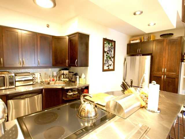 """Main Photo: 401 1549 KITCHENER Street in Vancouver: Grandview VE Condo for sale in """"DHARMA DIGS- COMERCIAL DRIVE"""" (Vancouver East)  : MLS®# V843499"""