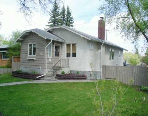Main Photo: 126 RENFREW Street in WINNIPEG: River Heights / Tuxedo / Linden Woods Single Family Detached for sale (South Winnipeg)  : MLS®# 2606442