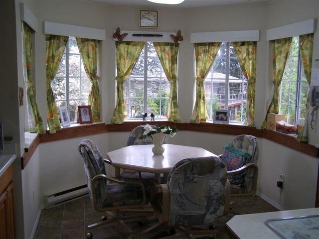 Photo 2: Photos: 5210 HEATHER Road in Sechelt: Sechelt District House for sale (Sunshine Coast)  : MLS®# V820656