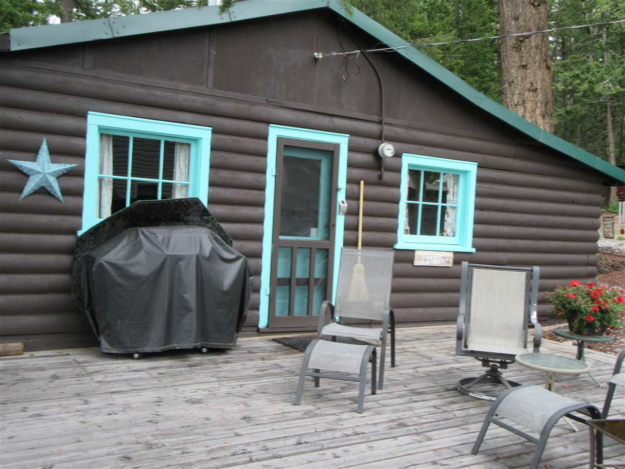 "Photo 4: Photos: 50965 CLUCULZ Place in Prince George: Cluculz Lake House for sale in ""CLUCULZ LAKE"" (PG Rural West (Zone 77))  : MLS®# R2395157"