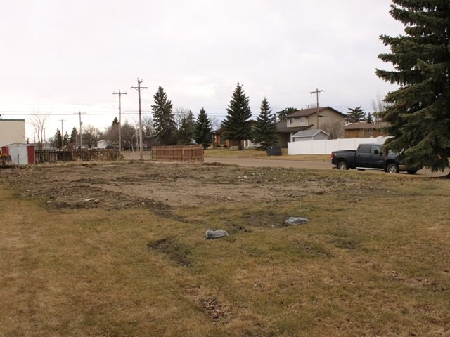 Main Photo: 5515 48 Street: Tofield Vacant Lot for sale : MLS®# E4179529