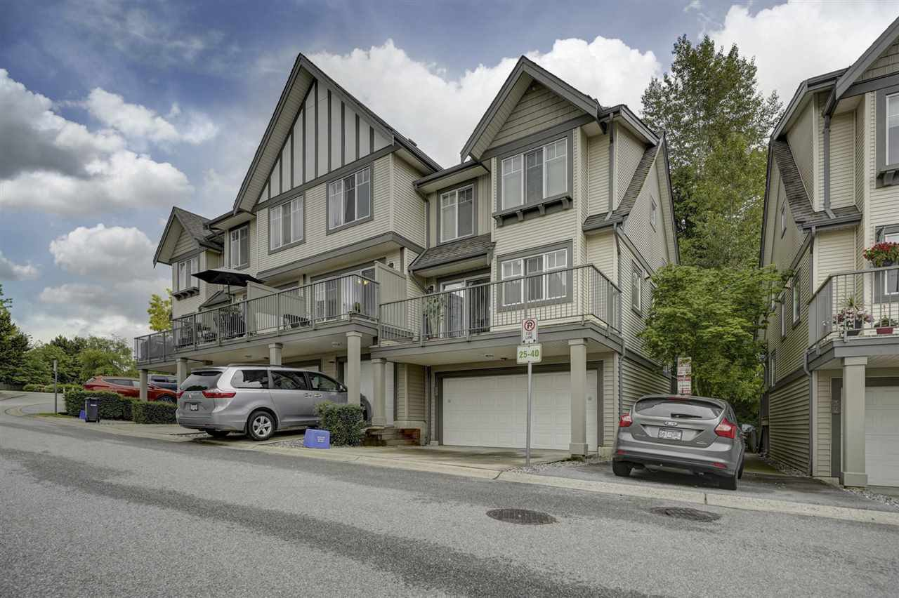"""Main Photo: 33 20038 70 Avenue in Langley: Willoughby Heights Townhouse for sale in """"WILLOUGHBY HEIGHTS"""" : MLS®# R2460175"""