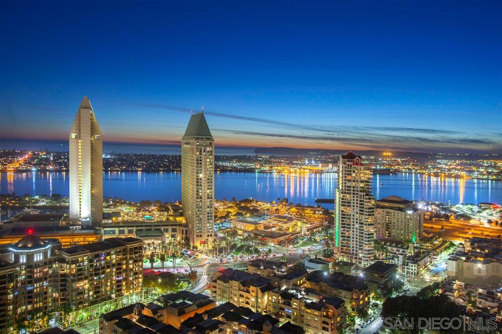 Main Photo: DOWNTOWN Condo for sale : 3 bedrooms : 700 Front St #2603 in San Diego