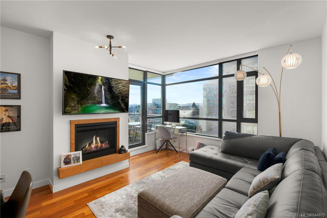 Main Photo: 1101 788 Humboldt St in Victoria: Vi Downtown Condo for sale : MLS®# 844875
