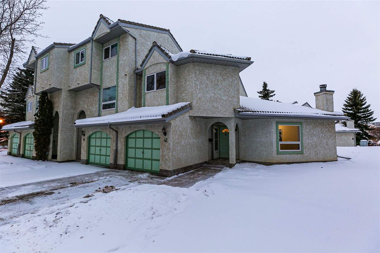 Main Photo: 42- 9520 174 ST in Edmonton: Zone 20 Townhouse for sale : MLS®# E4221471