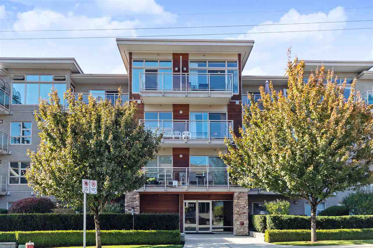 Main Photo: PH4 1033 ST. GEORGES AVENUE in North Vancouver: Central Lonsdale Condo for sale : MLS®# R2413219