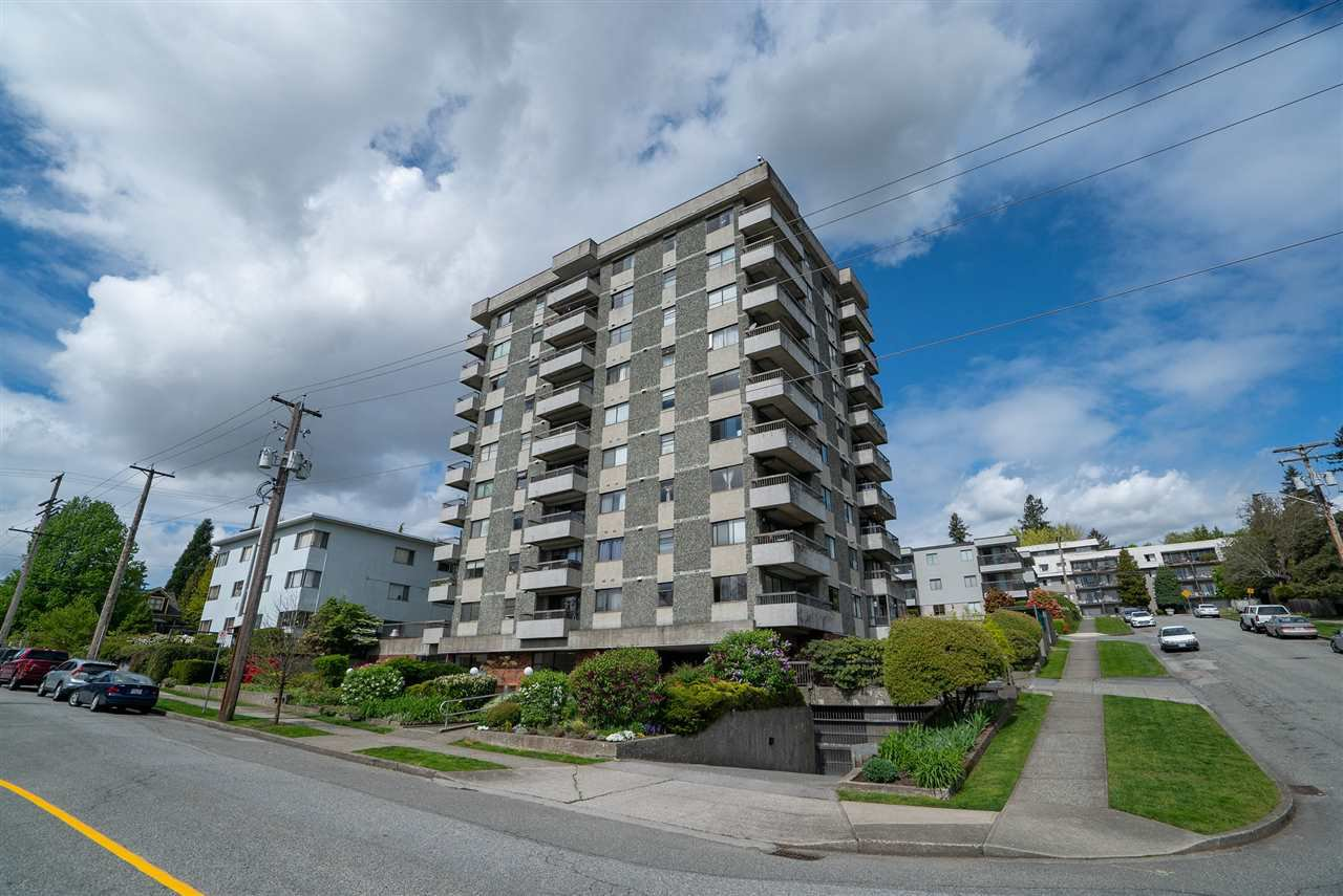 """Main Photo: 202 47 AGNES Street in New Westminster: Downtown NW Condo for sale in """"FRASER HOUSE"""" : MLS®# R2453687"""