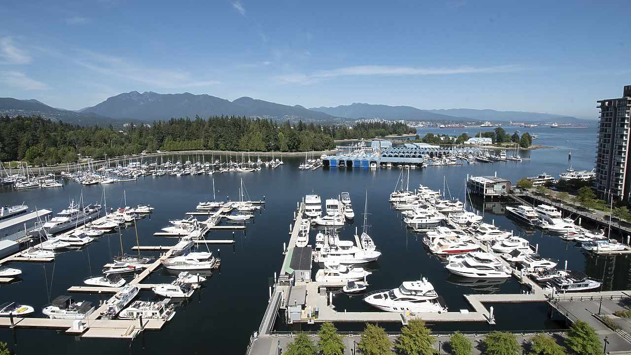 "Main Photo: PH4 1777 BAYSHORE Drive in Vancouver: Coal Harbour Condo for sale in ""Bayshore Gardens"" (Vancouver West)  : MLS®# R2482322"
