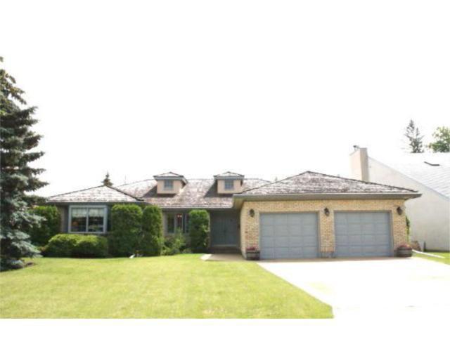 Main Photo: 82 McNulty Crescent in WINNIPEG: St Vital Residential for sale (South East Winnipeg)  : MLS®# 1008806