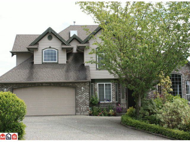 "Main Photo: 36282 SANDRINGHAM Drive in Abbotsford: Abbotsford East House for sale in ""CARRTINGTON ESTATES"" : MLS®# F1016618"