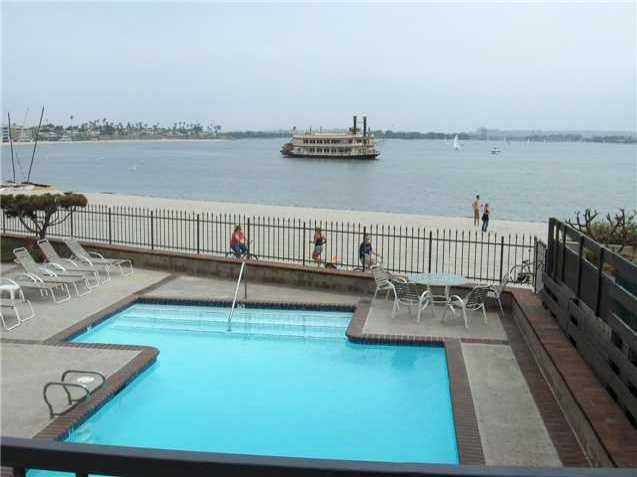 Main Photo: PACIFIC BEACH Residential Rental for rent : 2 bedrooms : 1221 Parker Pl ##22 in San Diego
