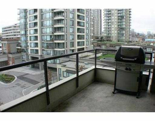 "Photo 10: Photos: 508 4178 DAWSON Street in Burnaby: Brentwood Park Condo for sale in ""TANDEM II"" (Burnaby North)  : MLS®# V746022"