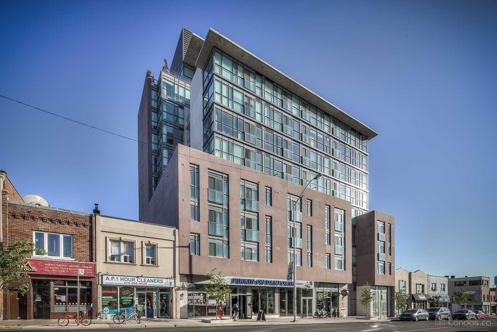 Main Photo: 305 2055 Danforth Avenue in Toronto: Woodbine Corridor Condo for lease (Toronto E02)  : MLS®# E4636411