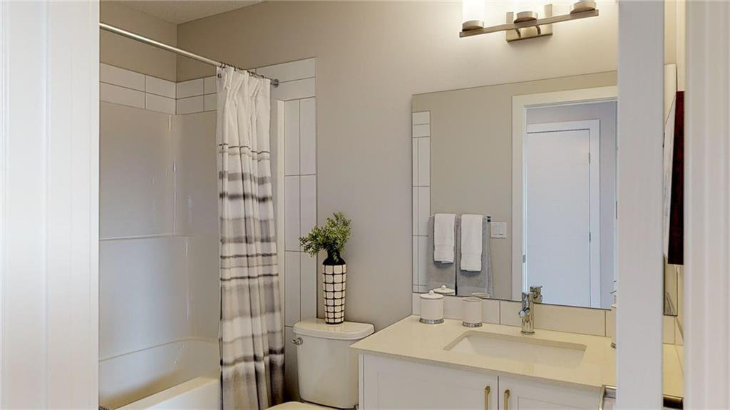 Photo 3: Photos: 43 Sage Meadows Circle NW in Calgary: Sage Hill Row/Townhouse for sale : MLS®# C4292420