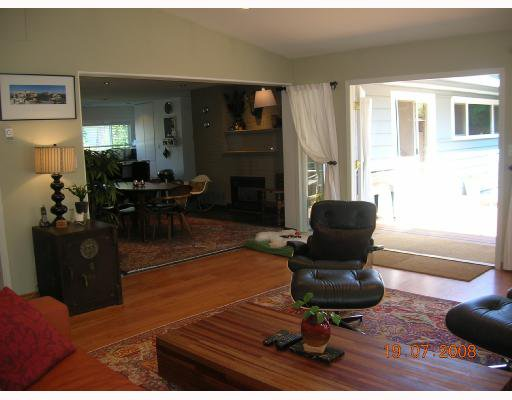 "Photo 7: Photos: 1375 MCBRIDE Street in North_Vancouver: Norgate House for sale in ""NORGATE"" (North Vancouver)  : MLS®# V723908"