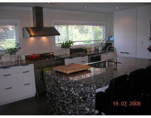 "Photo 2: Photos: 1375 MCBRIDE Street in North_Vancouver: Norgate House for sale in ""NORGATE"" (North Vancouver)  : MLS®# V723908"