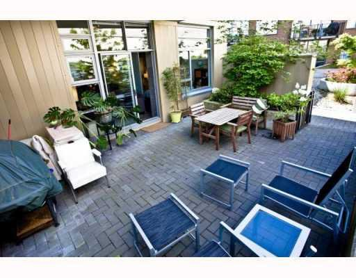 "Photo 14: Photos: 101 2635 PRINCE EDWARD Street in Vancouver: Mount Pleasant VE Condo for sale in ""Soma Lofts"" (Vancouver East)  : MLS®# V767580"