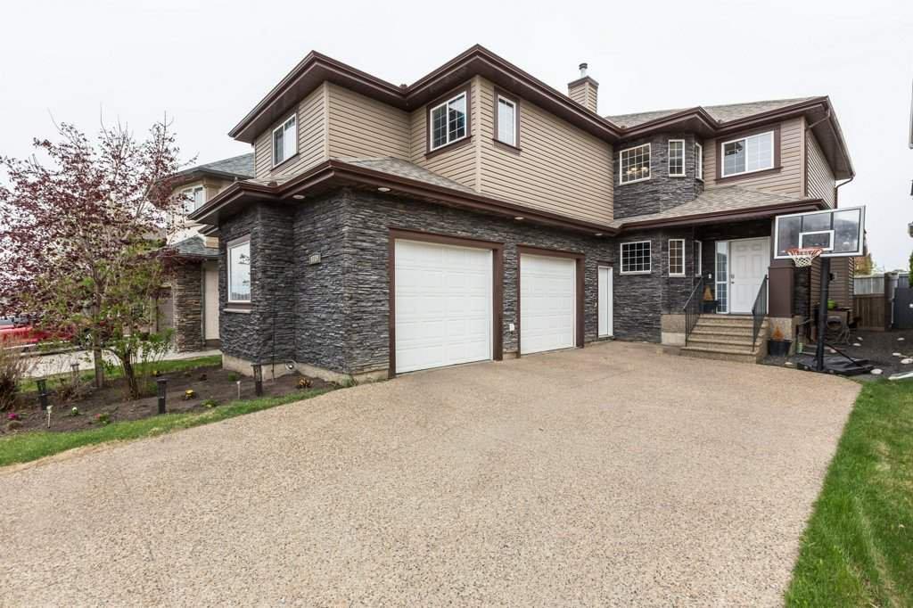 Main Photo: 1719 69 Street SW in Edmonton: Zone 53 House for sale : MLS®# E4198055
