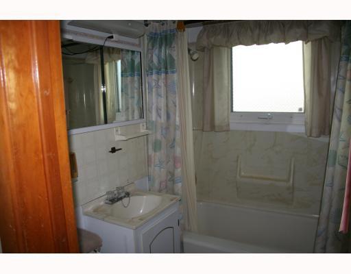 Photo 9: Photos:  in WINNIPEG: St Vital Residential for sale (South East Winnipeg)  : MLS®# 2912633